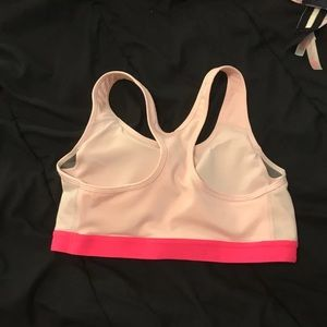 Two toned pink nike sports bra